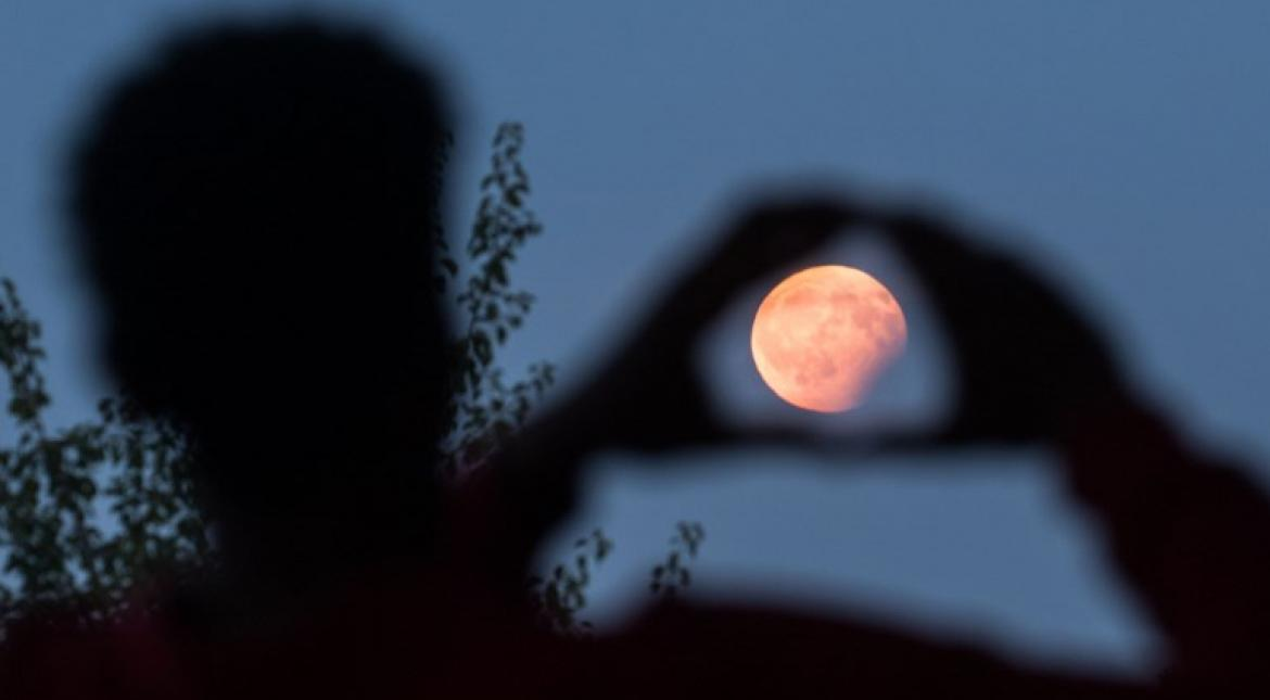 Lunar eclipse and the influence of 'Rahu' in India