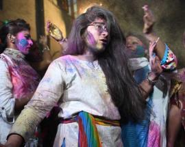 Holi 2018: Hindus in Pakistan celebrate the festival of colours