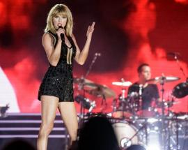 Taylor Swift is only requesting $1 in her alleged groping case