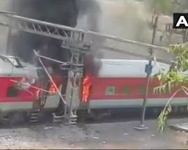 Fire breaks out in 4 coaches of Andhra Pradesh Express near Gwalior