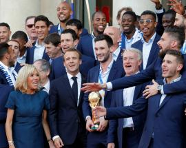 In pictures: France gives World Cup champions heroes' welcome