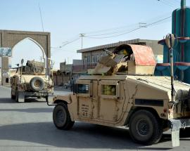 Afghanistan forces beef up defence of flashpoint city