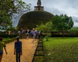 Israeli tourists assaulted in Sri Lanka; police beefs up security