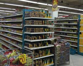 Qatar bans Saudi, UAE goods from stores