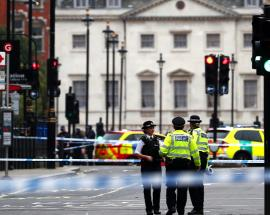 Westminster terror attack: Londoners will see more armed police, says mayor Sadiq Khan