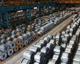 India considers raising steel import duty to support rupee