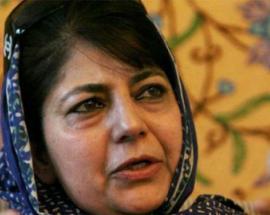 Opinion: Kashmir CM Mehbooba Mufti looks helpless, she should resign