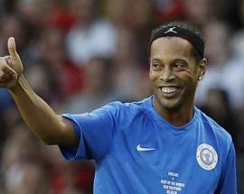 Brazilian soccer legend Ronaldinho to marry 2 women at same time