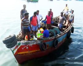 Sri Lankan navy arrests 12 Indian fishermen