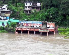 Incessant rains paralyze normal life in northern India's hilly state