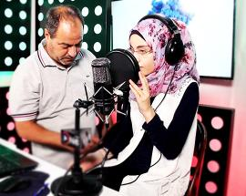 Nour, from Mosul's rubble to the Iraqi airwaves