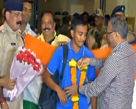 World champion U-19 cricket team arrives in Mumbai