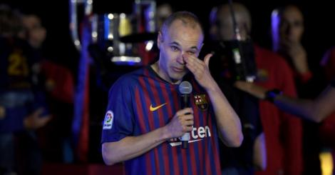'It is a difficult day,' says teary-eyed Andres Iniesta during farewell ceremony