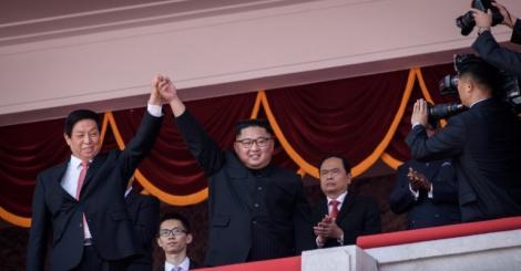 North Korea turns 70, celebrates with huge military parade