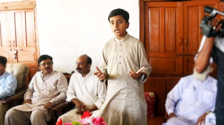 In Pakistan, 12-year-old runs detained father's election campaign